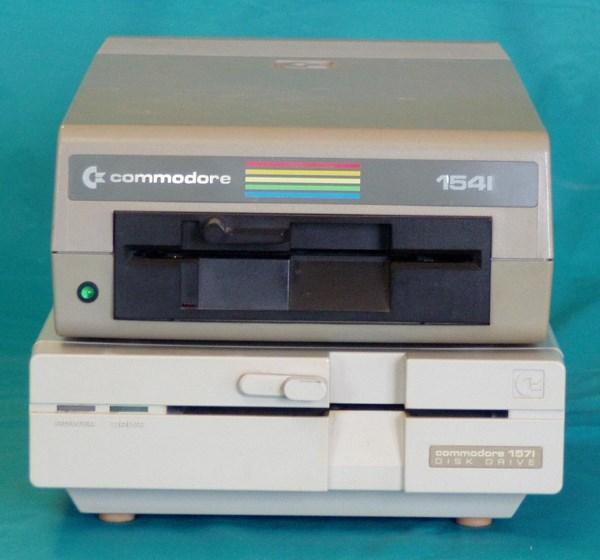 commodore-diskdrive